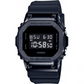 Часы Casio GM-5600B-1E